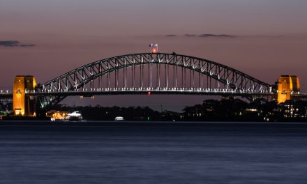 Scientists floating plans for oyster reefs in Sydney Harbour
