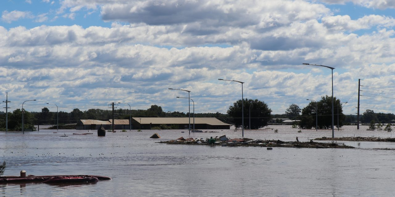 Floods recede but state's enormous clean-up far from over