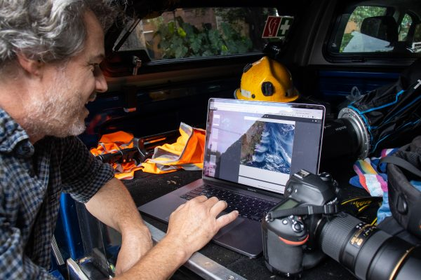 Moir works out of his car - following weather updates, shooting and filing back to the newsroom on the go | Rafqa Touma